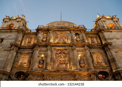 Cathedral of Our Lady of the Assumption at night, Oaxaca (Mexico)