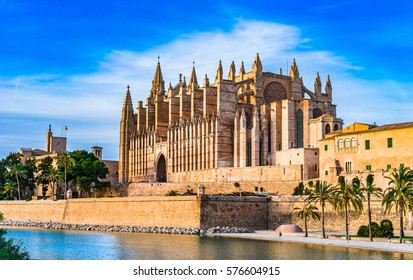 Cathedral of Palma Majorca, La Seu gothic medieval building, Balearic Islands, Spain.