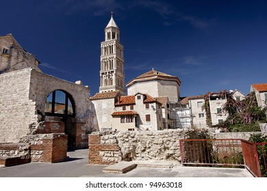 Cathedral of Saint Domnius (Saint Duje Cathedral) and the Dioclesian's Palace in the historical center - UNESCO World Heritage site, Split, Croatia