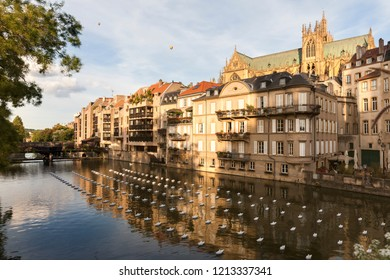 Cathedral of Saint Stephen and Moselle River in Metz. Metz, Grand Est, France.