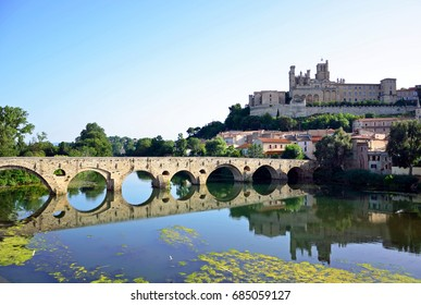 Cathedral Saint-Nazaire and old bridge in Beziers,France