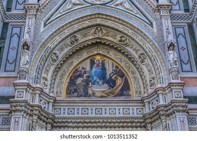 Cathedral Santa Maria del Fiore (or Duomo di Firenze), was built between 1296 and 1436. Cathedral is one of largest in world. Architectural fragments of front facade. Piazza del Duomo, Florence, Italy