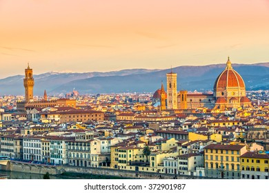 Cathedral of Santa Maria del Fiore and Palazzo Vecchio at sunrise, Florence, Italy