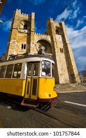 cathedral Se de Lisboa and a crossing tram