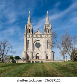 Cathedral of St. Joseph (1919) in Sioux Falls, South Dakota