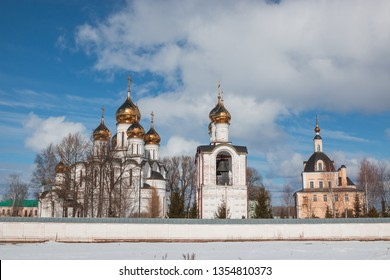 Cathedral Of St. Nicholas (left) and the Church of the beheading of John the Baptist, in the background the Church of Peter and Paul in St. Nicholas monastery, Pereslavl-Zalessky, Yaroslavl region