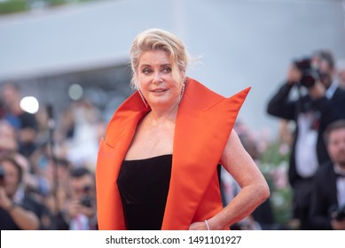 Catherine Deneuve  walks the red carpet ahead of the Opening Ceremony  during the 76th Venice Film Festival at Sala Grande on August 28, 2019 in Venice, Italy.