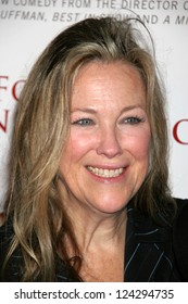 """Catherine O'Hara at the Los Angeles Premiere of """"For Your Consideration"""". Directors Guild of America, Los Angeles, California. November 13, 2006."""