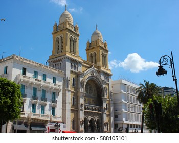 The catholic Cathedral of St Vincent de Paul at the Place de l'Independence in the Ville Nouvelle,Tunisia, Tunis.