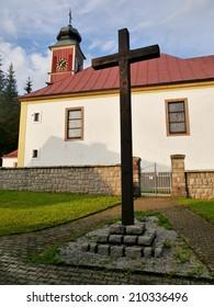 Catholic Church and the Cross