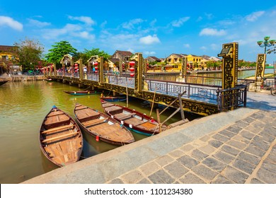 Cau An Hoi bridge in the Hoi An ancient town in Quang Nam Province of Vietnam