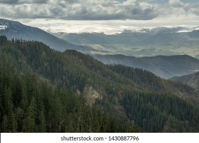 Caucasus travel driving from bordschomi to tiflis small caucasus mountains in borjomi