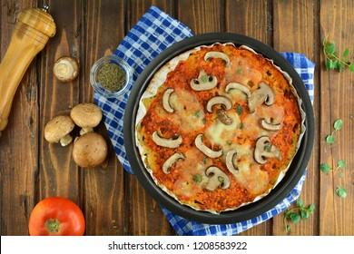 Cauliflower Crust Keto Pizza with Mushrooms