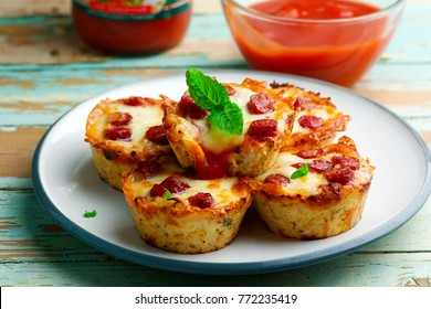 cauliflower pizza bites.rstic style selective focus