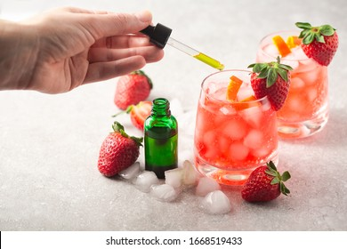 CBD cocktail cannabis beverages. Strawberry & Cannabis drinks with CBD oil for a chill out experience. Medical  patients or recreational cannabis users can enjoy a refreshing cannabis drink.