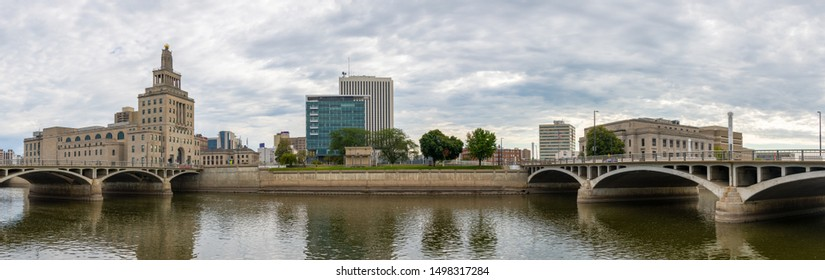 Cedar Rapids, city in the state of Iowa, United States of America, as seen across the Cedar River