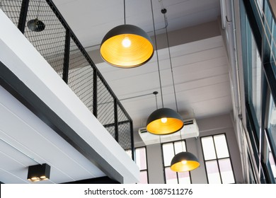Ceiling light moden design for restaurant and coffee shop.