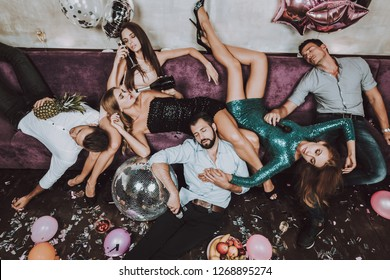 Celebration. Have Fun. Champagne. Birthday. After Party. Rest. Balloon. Confetti. Gift. Great Mood. Trendy Modern Nightclub. Young People. Karaoke Club. Smiling Girl. Bar. Holidays Concept.