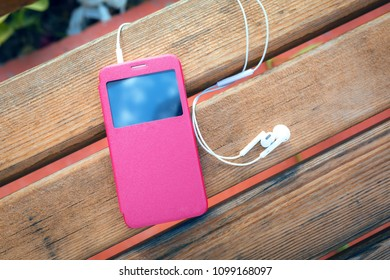 Cell phone and headphones
