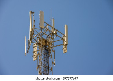 Cell Tower structure to enhance cellular network communications