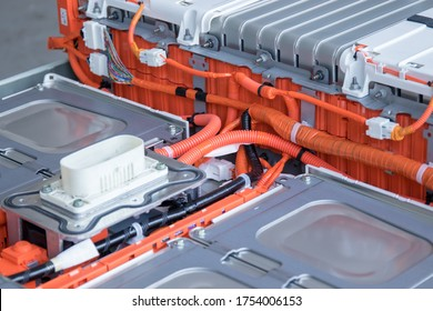 Cells, wiring, connectors, heating system, fuses, power bus batteries of an electric vehicle. The concept of repair and maintenance of electric vehicles.