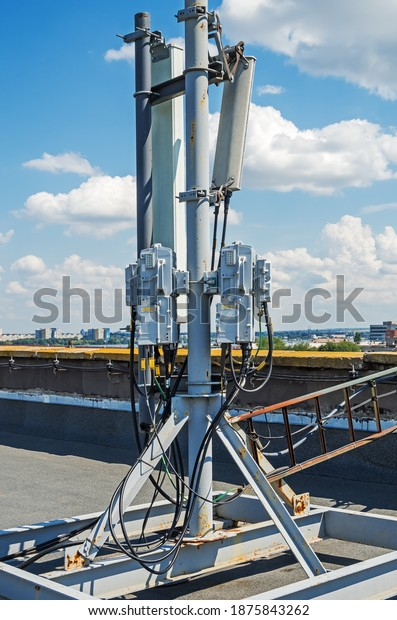 cellular-base-station-antennas-4g-600w-1