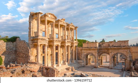 Celsus Library in Ephesus - Izmir, Turkey