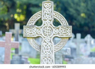 Celtic Cross IHS Shallow Depth of Field