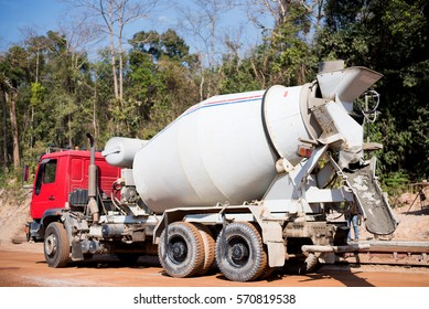 Cement truck, Concrete mixer truck for construction, tube mixer cement truck.