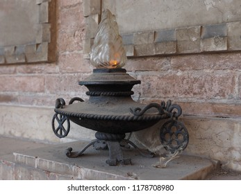 Cemetery, funeral lamp.