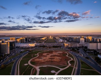 Center of Brasilia showing Congresso Nacional building in the background.