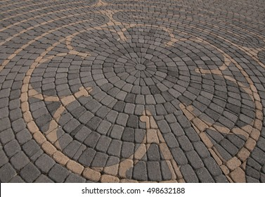 Center of outdoor prayer labyrinth in Chartres Cathedral pattern