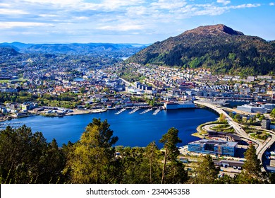 Center, park and lake in Bergen, Norway