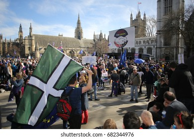 Central London, Uk. 25 March, 2017 A crowd at Westminster during a pro-EU anti-Brexit rally.