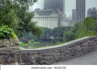 Central Park, New York City at the Gapstow bridge in the early morning