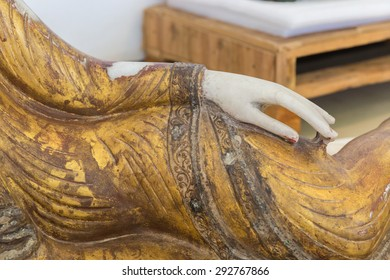 The centuries-old hand Myanmar Buddha  marble.