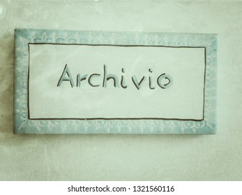 Ceramic plate with the inscription '' Archive ''