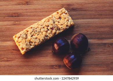 Cereal bar and chestnuts