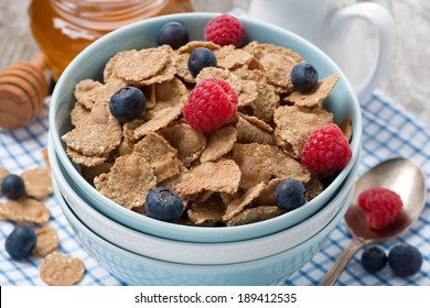 cereal with berries close-up, horizontal