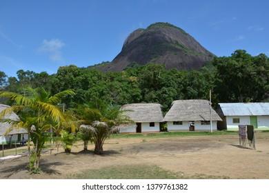 Los Cerros de Mavicure o Mavecure son un conjunto de tres monolitos situados en el sudeste de Colombia, más concretamente a 50 km al sur de la ciudad de Inírida, en el río homónimo.