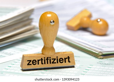 certified printed on rubber stamp in german language: zertifiziert