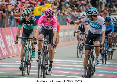 Cervinia, Italy 26 May 2018: Chris Froome congratulates his team-mate on the finish line of the last mountain stage of the Giro D'Italia 2018, together with them also concludes Davide Formolo.