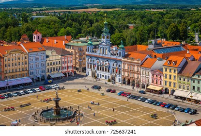 CESKE BUDEJOVICE, CZECH REPUBLIC - 9 AUGUST, 2017: Central town square with Samson fighting the lion fountain sculpture and bell tower in Ceske Budejovice on 9 August, 2017.