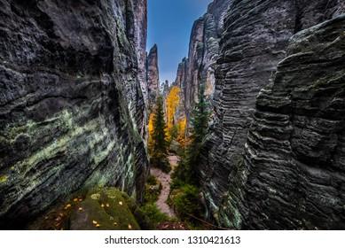 Cesky raj sandstone cliffs - Prachovske skaly in autumn, Czech Republic