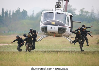 CHA-AM PECHABURI, THAILAND  OCTOBER 2014: Special force police practices to jump from helicopter October 2014 in Chaam-PECHBURI