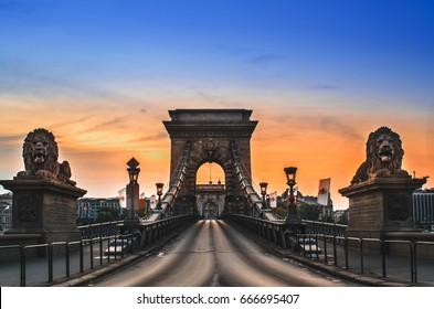 Chain bridge in Budapest on sunrise
