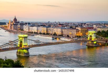 Chain Bridge and Parliament in Budapest in the evening, Hungary