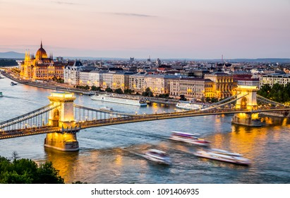 Chain Bridge and Parliament in Budapest at night, Hungary