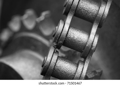 Chain and cog wheels