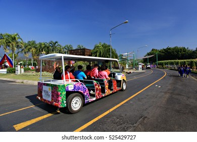 Chaing Mai THAILAND-December 22 : Visitors at Royal flora Ratchaphruek, Thailand Royal Pavilion and Public Park in Chaing Mai Province On December 22, 2010 ,Thailand